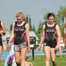 The girls 4x100m relay team – Hanna, Grace, Vienna and Erika about to go to work.